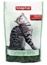 Beaphar cat-nip bits - витаминизированное лакомство для кошек